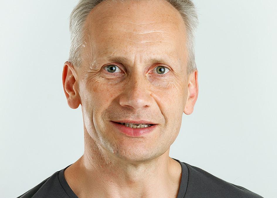 DR. ANDRIS BĪGESTĀNS PAR STOMATOLOĢIJAS NOZARI LATVIJĀ